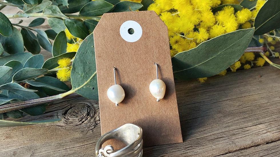 Freshwater pearl silver earrings + ring bundle