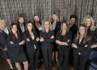 A recent all-female MetLife corporate photo shoot done at the glamourous Hotel Monaco in Pittsburgh.