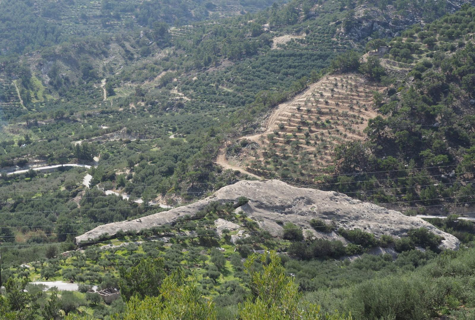 Sous le rocher, nature, Crète
