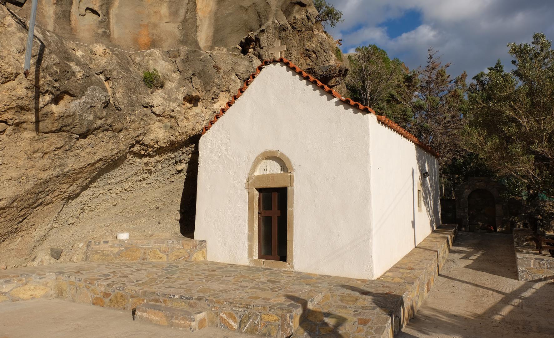 L'église à coté, Kalyvitis, Crète