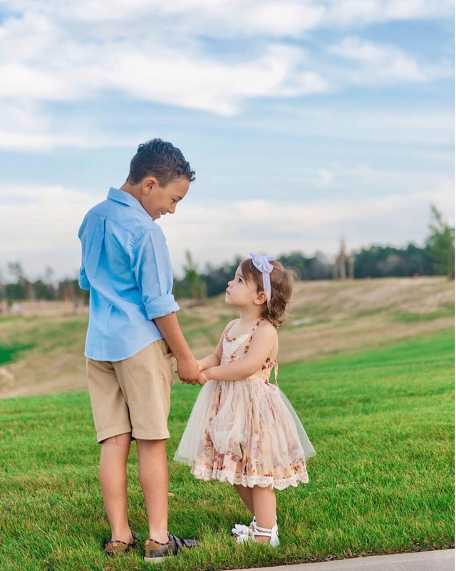 FAMILY - Photo Session Giveaway With Holly Young Photography