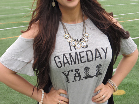It's Game Day Ya'll - Why We Decided To Watch The Super Bowl + Game Day Must Haves!