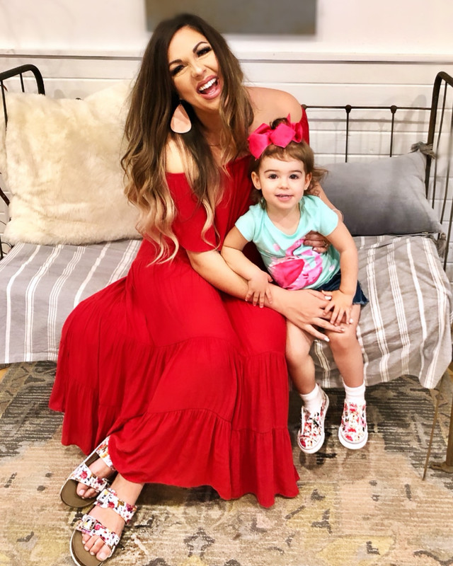 FASHION - Mommy & Me Style With Famous Footwear!