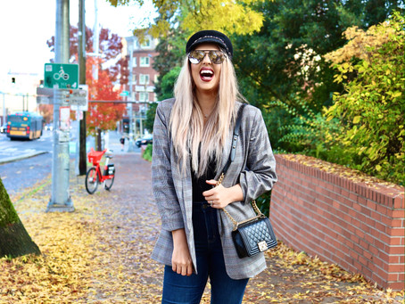FASHION & TRAVEL - How To Pack For A Fall Getaway to Seattle Washington