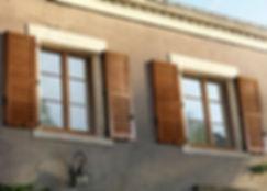 Lapeyre-fenêtres-et-volets-en-bois-pour-