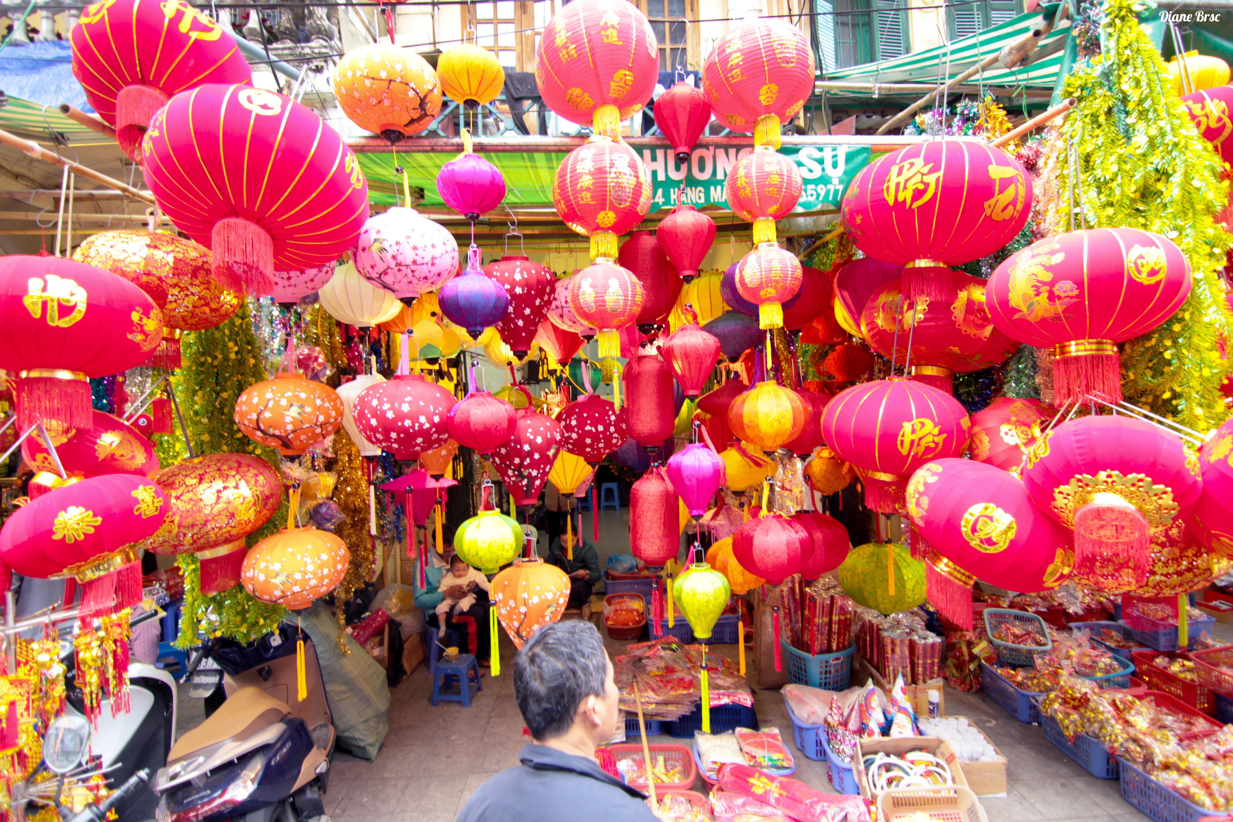 Hàng Lược Tết Market