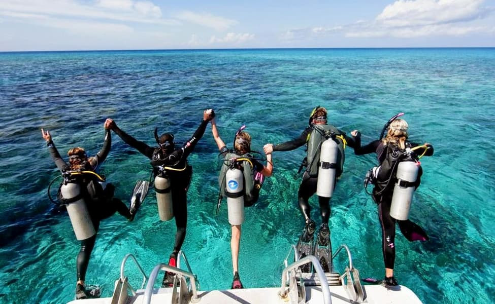 1464871050_Scuba-Diving-Best-Places-Scub