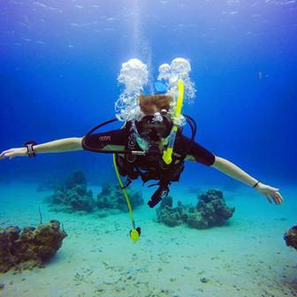 Boat-diving-Virgin-Islands.jpg
