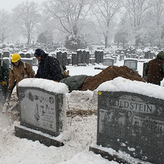 Clearing Snow from Area Near Burial-min.jpg