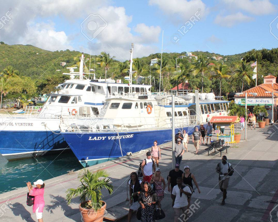 46841505-the-ferry-terminal-on-the-carib