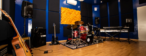 studio_11.JPG