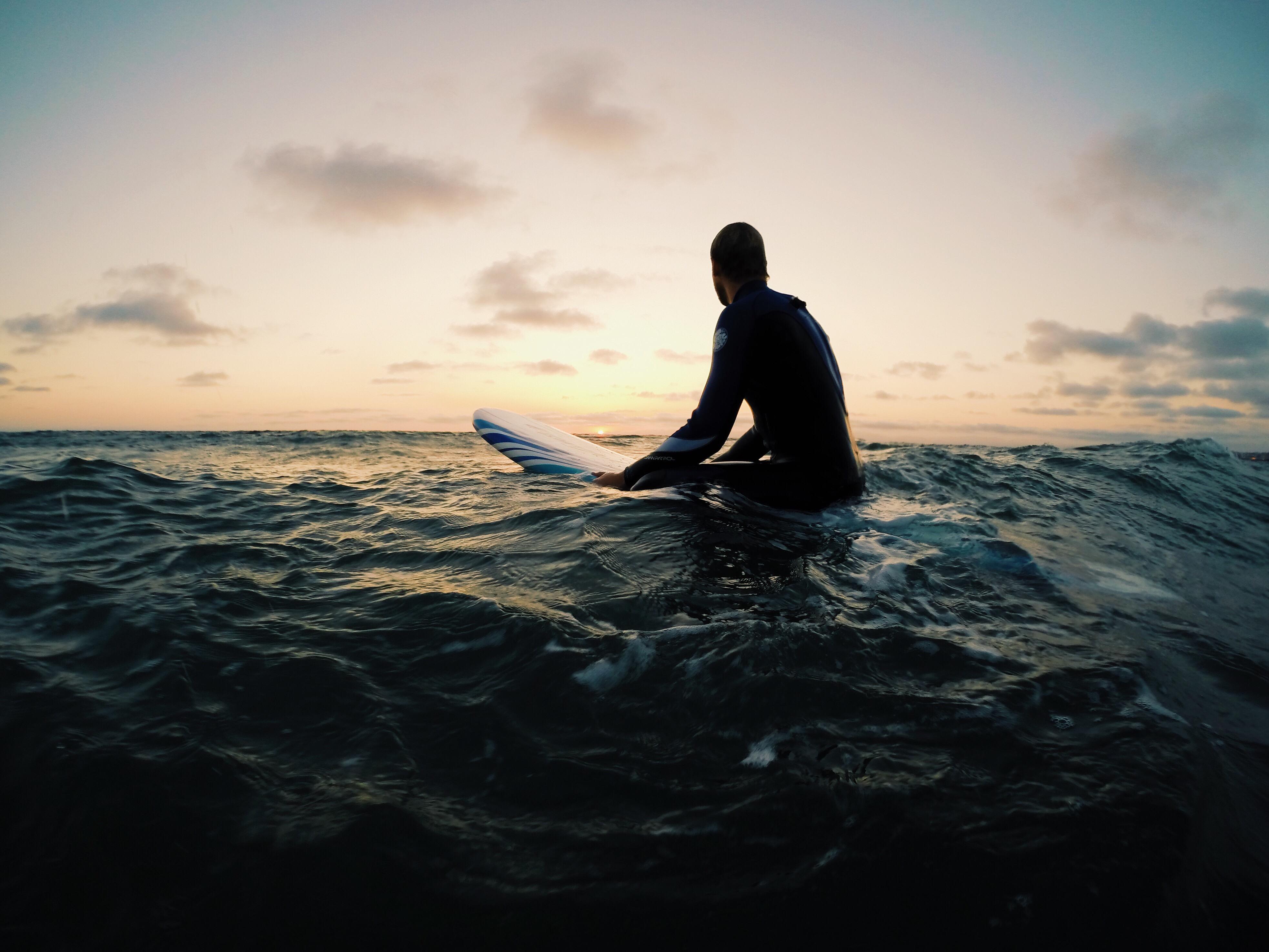 redondo-beach-california_t20_LAN9NZ