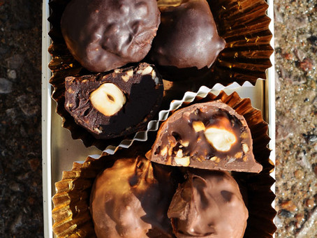 3 Ingredient Ferrero Rocher Truffles