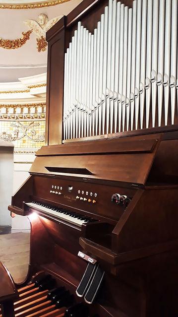 Organ-St.Anthony, Mgarr Gozo.jpg