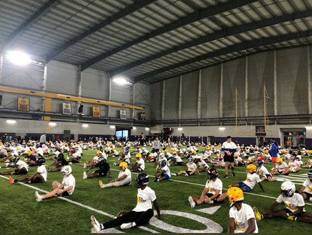 LIVE FEED: 770 CAMPERS AT LSU RIGHT NOW FOR THE SKILLS CAMP😳😳😳😳