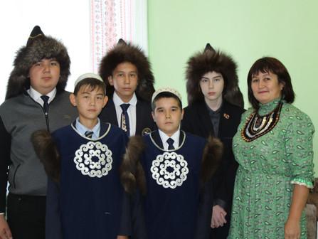 День национального костюма и День здоровья в школе с. Абзаково