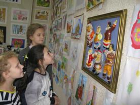 Выставка детского творчества в Центре внешкольной работы
