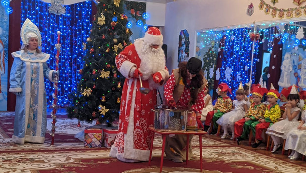 Новогодние представления в детском саду № 9