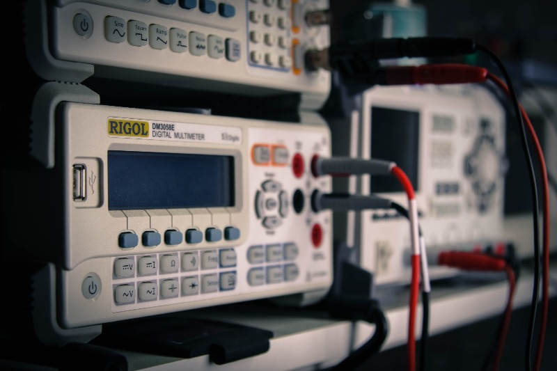 multimeter (1 of 1)_edited.jpg