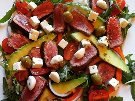 Biffsnadder med fetaost og avokado