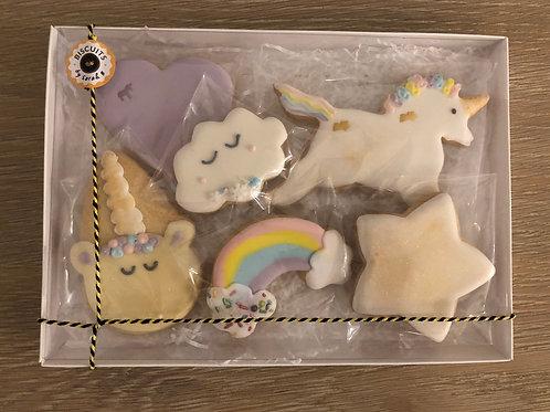 Themed biscuit box (Unicorns)