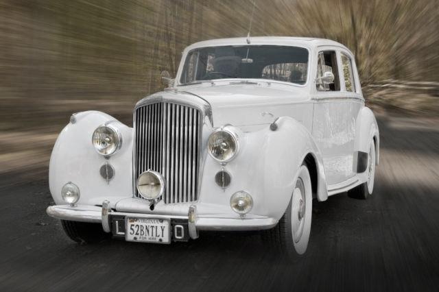 1952-bentley-r-type-sport-saloon-arctic-