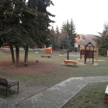 Zahrada (3).JPG