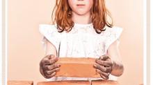 """Bezoek aan de tentoonstelling """"MADE BY CHILDREN"""" – Kinderarbeid vroeger en nu"""