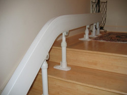 acorn-stairlift-lots-of-supports