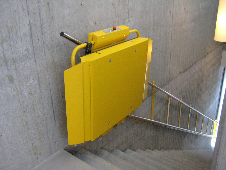 ลิฟท์บันไดสำหรับวีลแชร์ DELTA