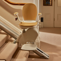 straight-stair-lift-on-staircase-130