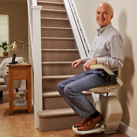 เก้าอี้เลื่อนขึ้นบันได