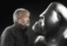 Michel BASSOMPIERRE sculpteur animalier d'ours, de gorille, d'éléphan et de chevaux en bronze ou en marbre