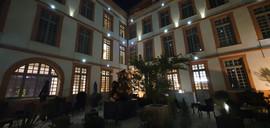 L'ours le miel n°5 installé dans l'hôtel de la Cour des Consuls à Toulouse