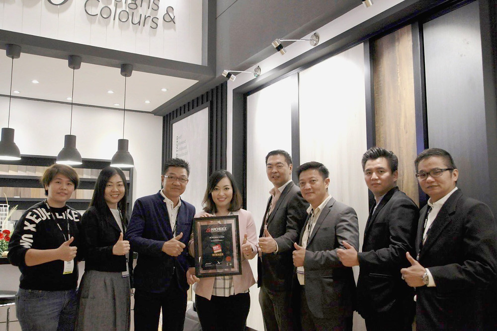 Me (Angelyn) with all our Distributors in Malaysia sharing the moment