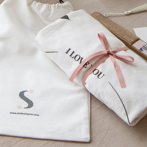 Gift Bundle - T-shirt & Hand Fan with gift wrap!