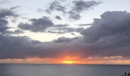 bondi to bronte walk waverly cemetery sunrise over ocean