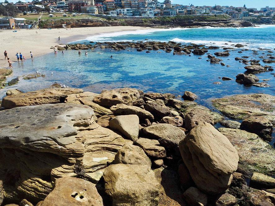 meditate at bondi to bronte trail walk natural rock pool