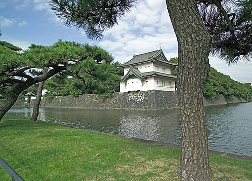 Japanese Imperial Gardens moat guardhouse