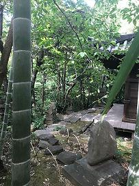 Nezu Museum Garden, Tokyo quiet corner of garden