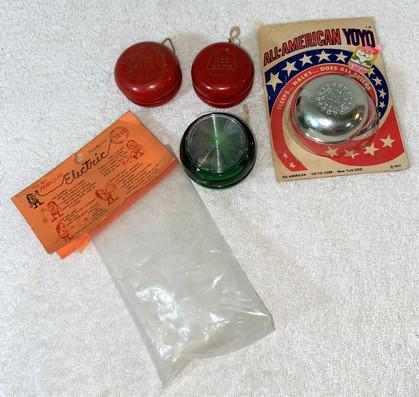 Lot Vintage Yo-Yo's