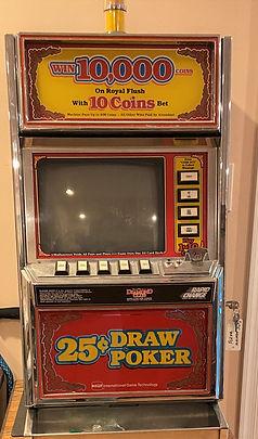 Vintage Draw Poker Slot Machine