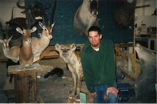 Hyena, Eland, Triple pedestal