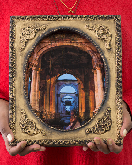 Reminiscences Series, Colonial Ruins #3,Cécilia Bracmort (photo: alignements)