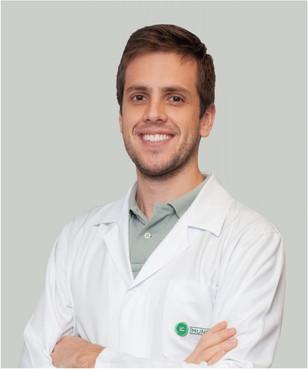 Dr. Matheus Erian Casagrande