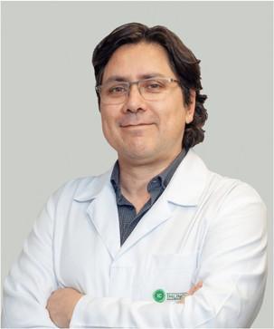 Dr. Christian Chicata Sutmoller