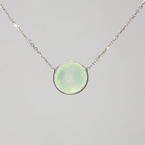 delicate charming womens green chalcedony