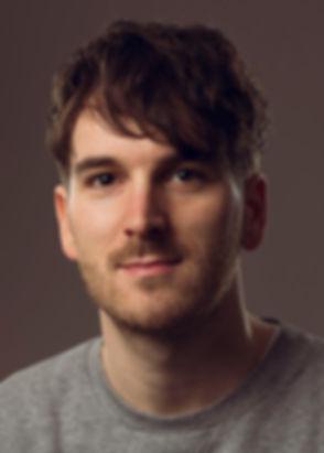 DNR_Headshot2019_CU_v2 - Daniel Nils Rob