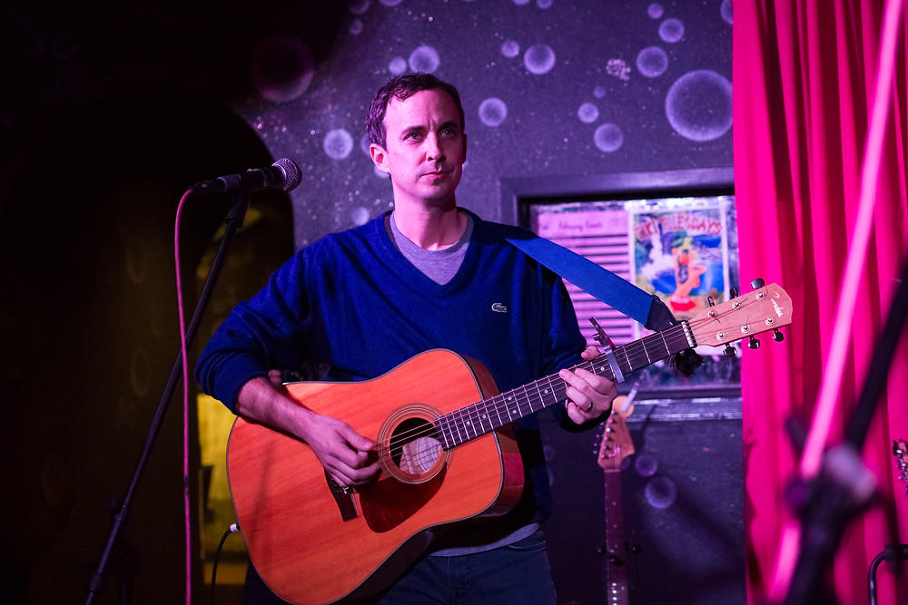 Reubens Accomplice, Chris Corak, Acoustic, Concert Photography, Bar Pink, Concert