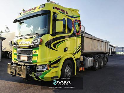 Rahti-Kujala Scania teippaus